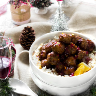 Merry Meals:Festive Meatball Dinner For Christmas