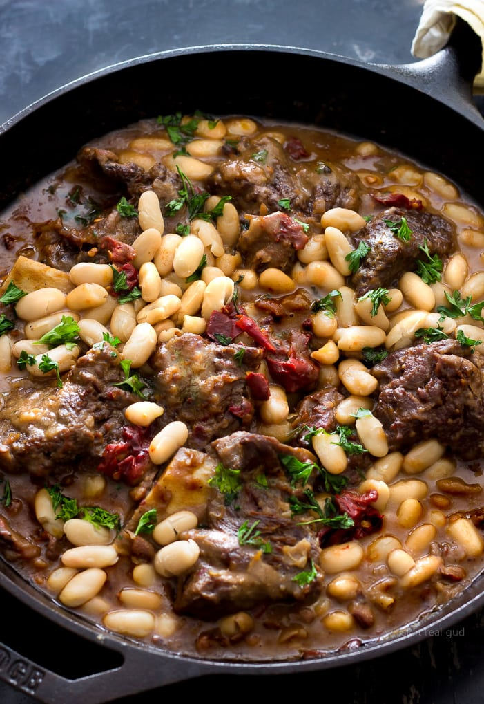 Short Ribs & Black Eyed Peas w/ Cannellini Beans & Chipotle Gravy