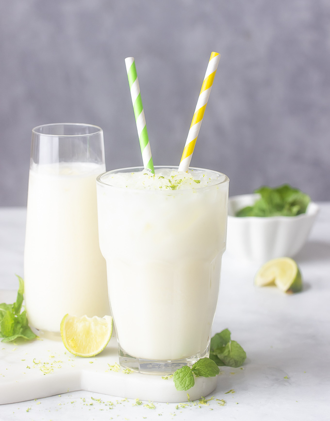 A glass of Brazilian Lemonade aka Brazilian limeade or Limonada suíça