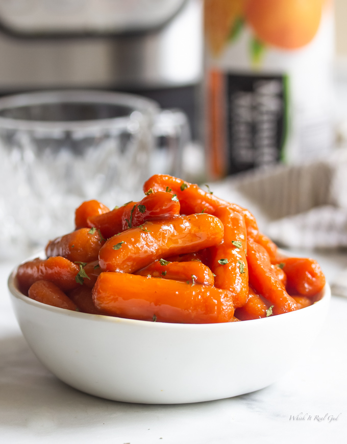 Instant Pot glazed carrots in a bowl