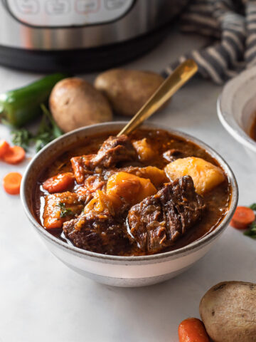 Beef stew in an instant pot